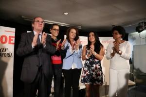 Ángel Gabilondo promete una ley sobre Transexualidad en el Centro Cultural de  Lavapiés