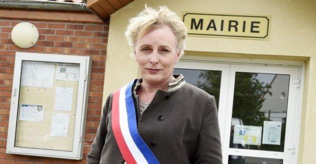 Francia-elige-a-primera-transgenero-alcalde